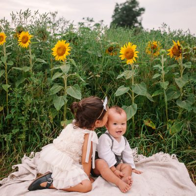 Sunflower Family Session in Toronto