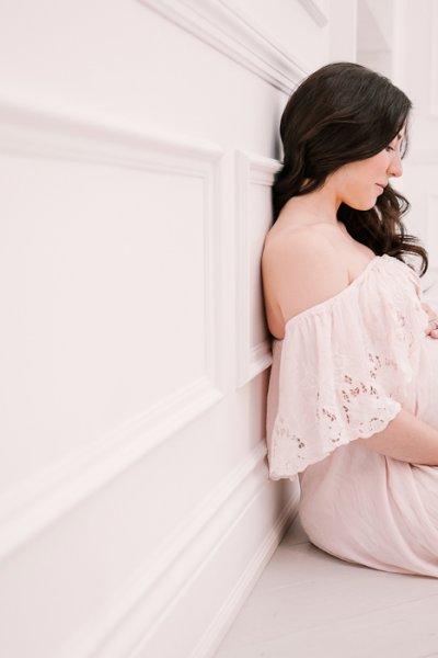 Toronto's best maternity photographer