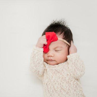 Newborn Lifestyle Session for Baby Mila – Toronto Photographer