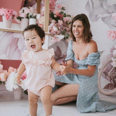 Beautiful Motherhood Session – Anchor Studio Photography
