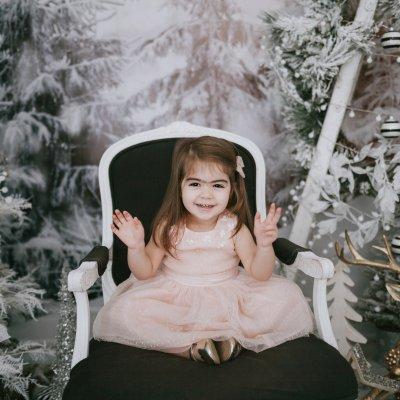 Christmas Mini Session Photographer at Mint Room Studios