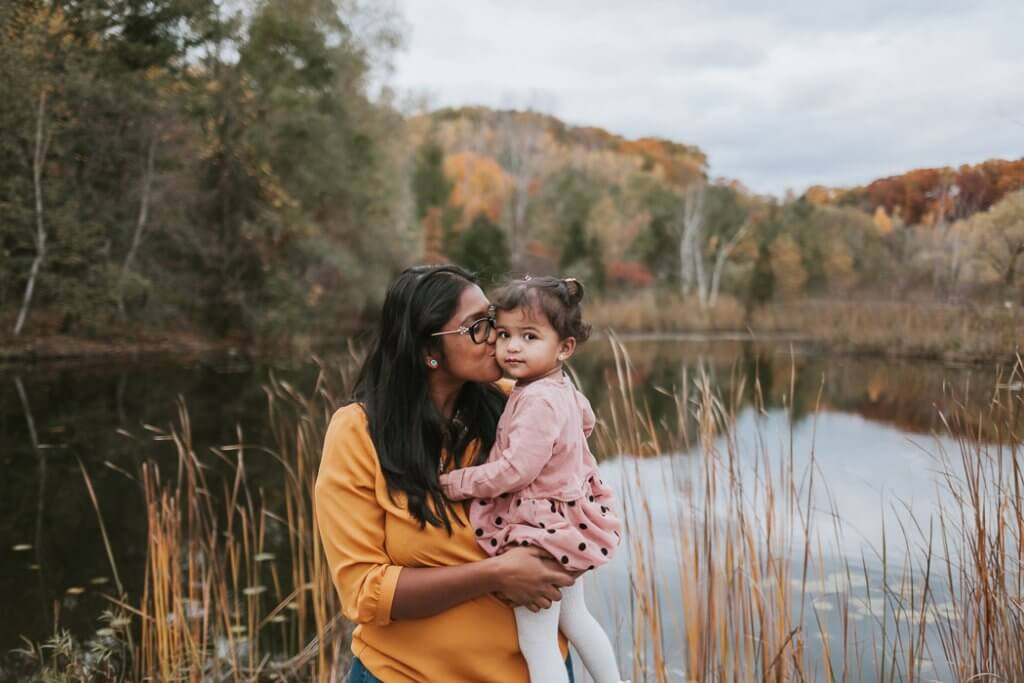 Toronto Motherhood photographer