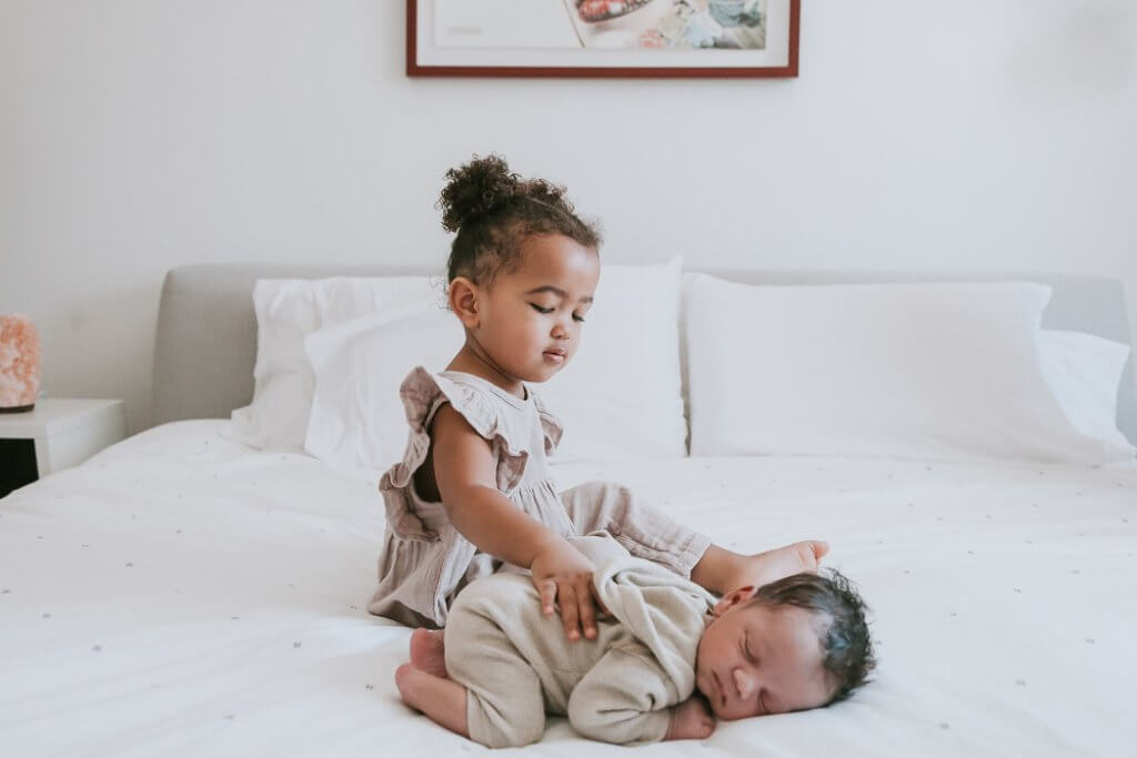 in-home baby lifestyle photographer