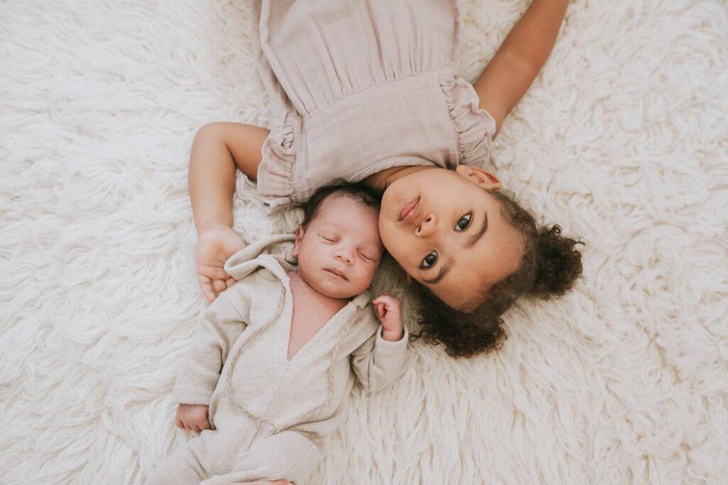 newborn photographer close to me