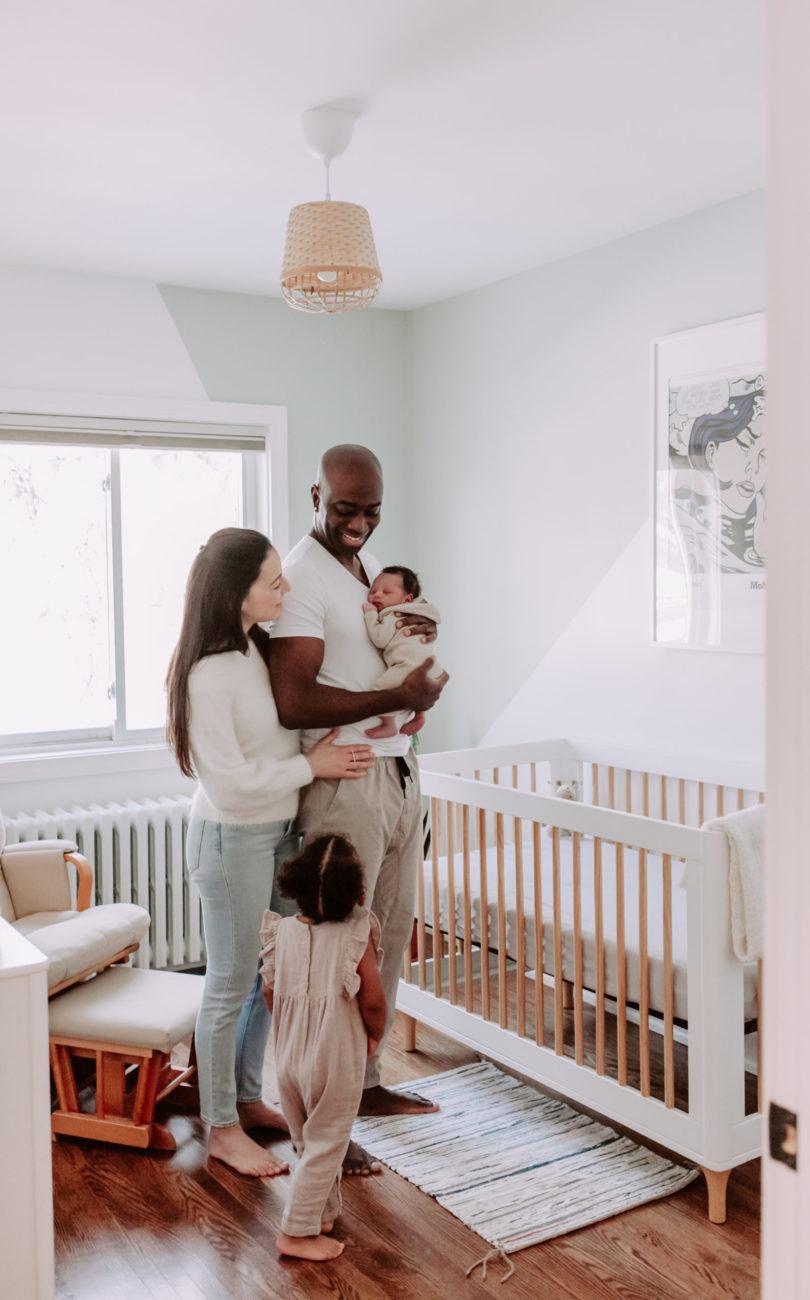 Toronto in-home newborn photographer
