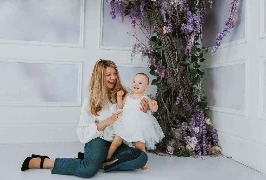 motherhood mini sessions